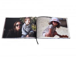 Christmas gifts for mothers photobook with sunglasses
