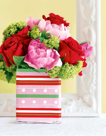 pink-flowers-polka-dot-stripe-vase