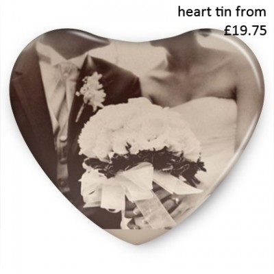 heart-shape-tin-wedding-picture