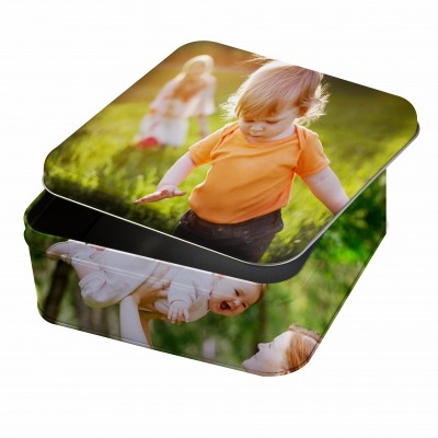 baby-and-mother-photo-on-box