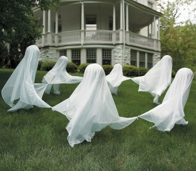 lawn-ghosts