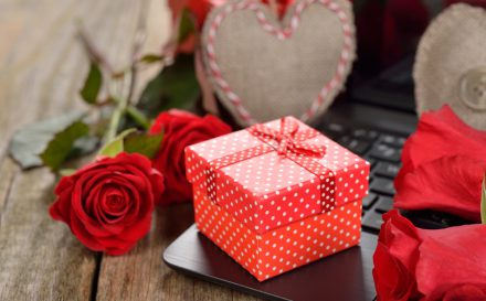 what you should get your girlfriend for valentine's day